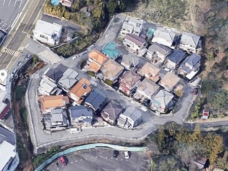住宅地の唯一の出入り口の橋突然封鎖 所有者「市が買い取るか通行料を、車2万円バイク 5千円な」